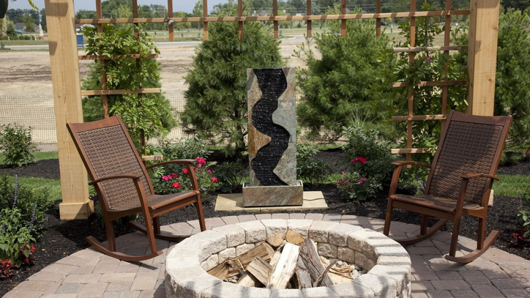 Fire Pits and Outdoor Seating